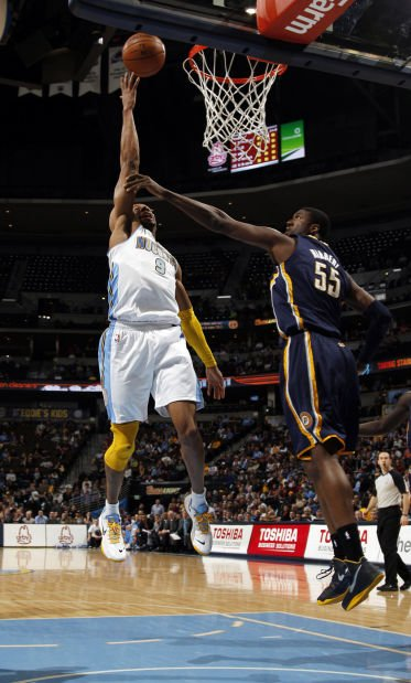 NBA: Ex-Cat Iguodala steals win for Nuggets against Pacers