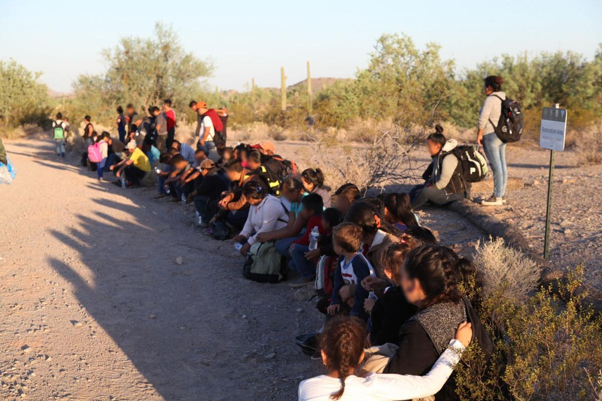 Group of 121 immigrants in Southern Arizona