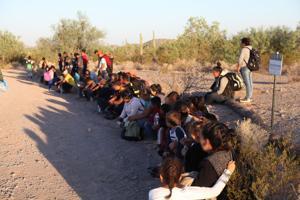 Arizona Border Patrol agents apprehend group of 121 immigrants near Lukeville