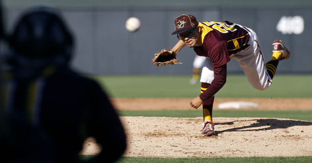 Nogales vs Greenway Baseball