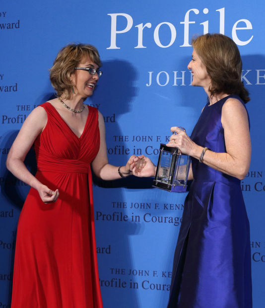 Giffords receives Profile in Courage Award at Boston ceremony