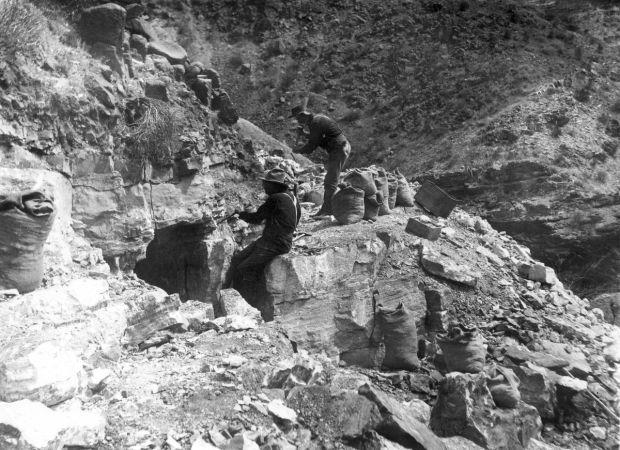 Asbestos Mining In Us : Mine tales arizona has huge deposits of asbestos