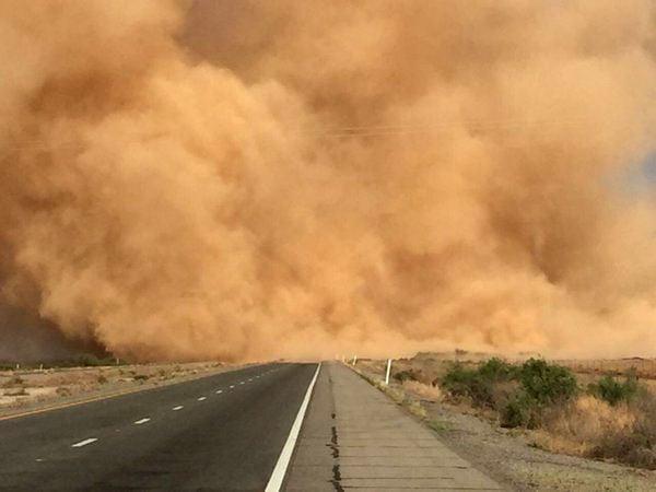 Dust storm along I-10