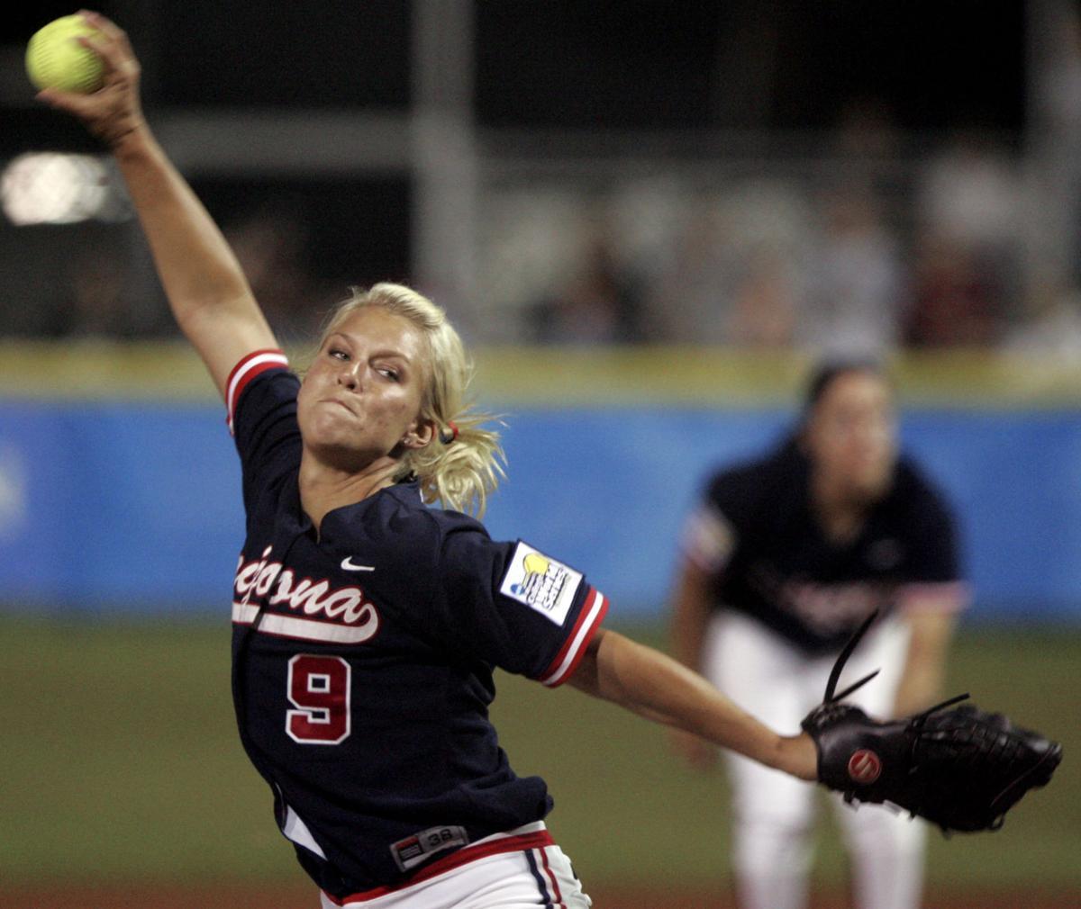 University of Arizona pitcher Taryne Mowatt
