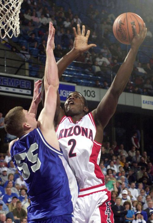 Arizona basketball player Michael Wright