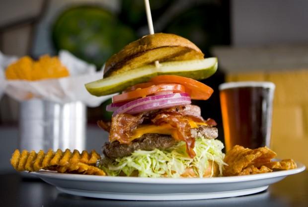 2 Tucson restaurants land on Arizona's 'Ultimate Burger Bucket List'
