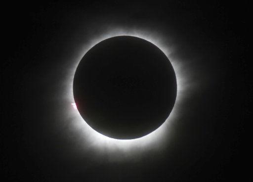 Eclipse solar LE