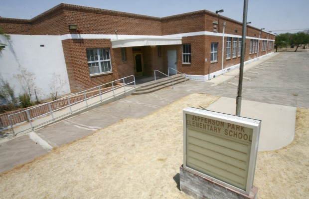 Charter schools offer millions for closed TUSD buildings