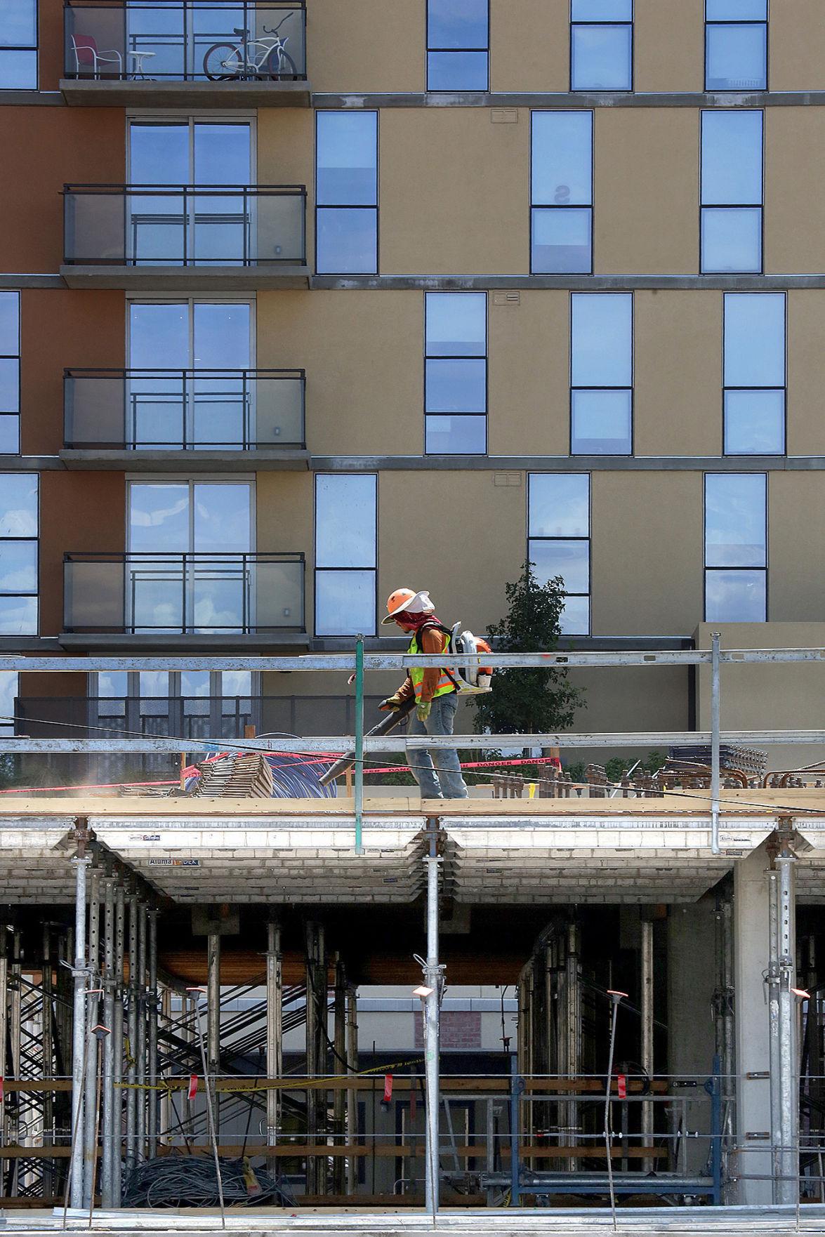 Hub high rise getting smaller companion near ua news for The hub tucson apartments