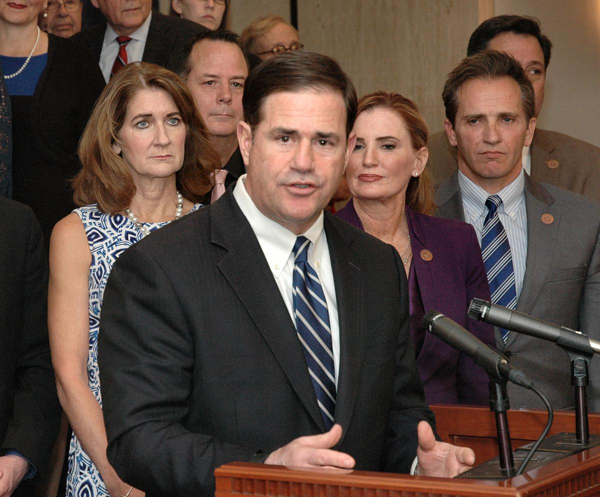 Ducey unveils teacher pay plan