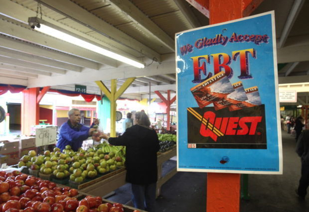Switching food stamp subsidies to fruits, vegetables can save taxpayers money (copy)