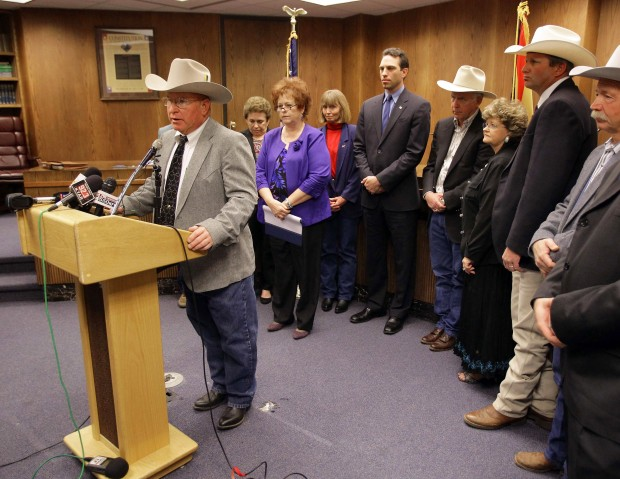 Border holes must be plugged, Ariz. ranchers tell lawmakers