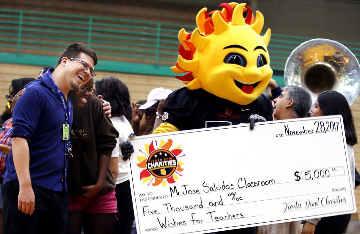 Amphi High School teacher gets $5,000  grant