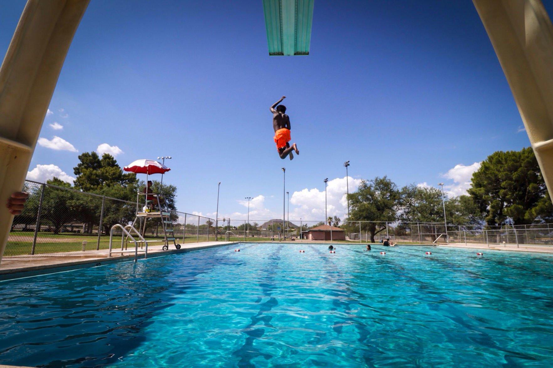Lifeguard shortage leaves Pima County scrambling to staff pools | Tucson.com