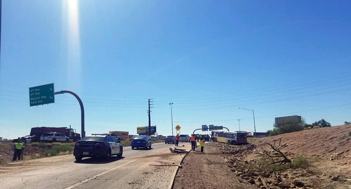 Sun Tran bus crashes at Tucson's freeway interchange