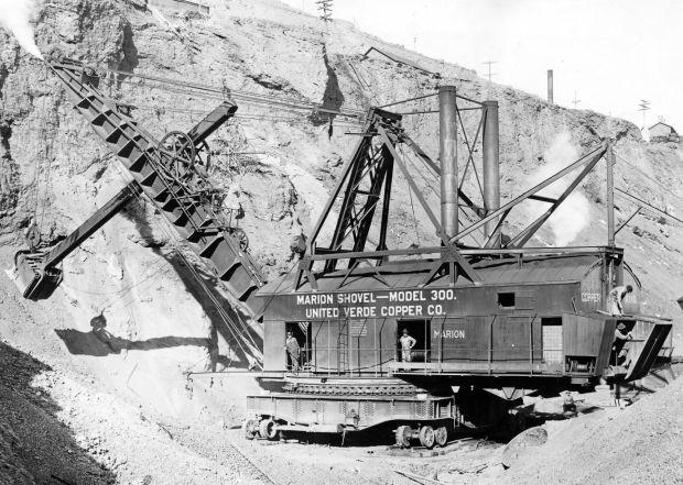 Coal-fired steam shovel