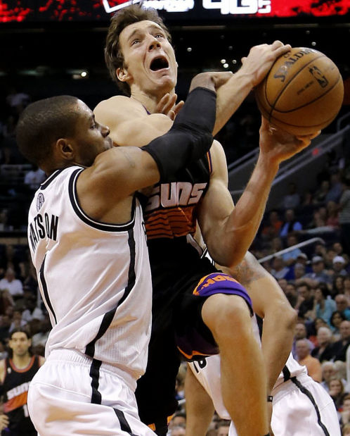 NBA: Nets hold off late Suns rally