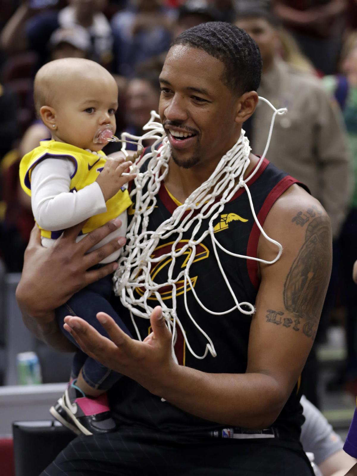Hornets Cavaliers Basketball