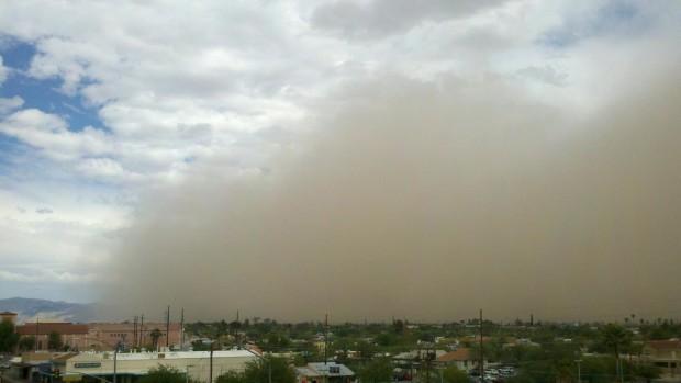 Tucson dust storm