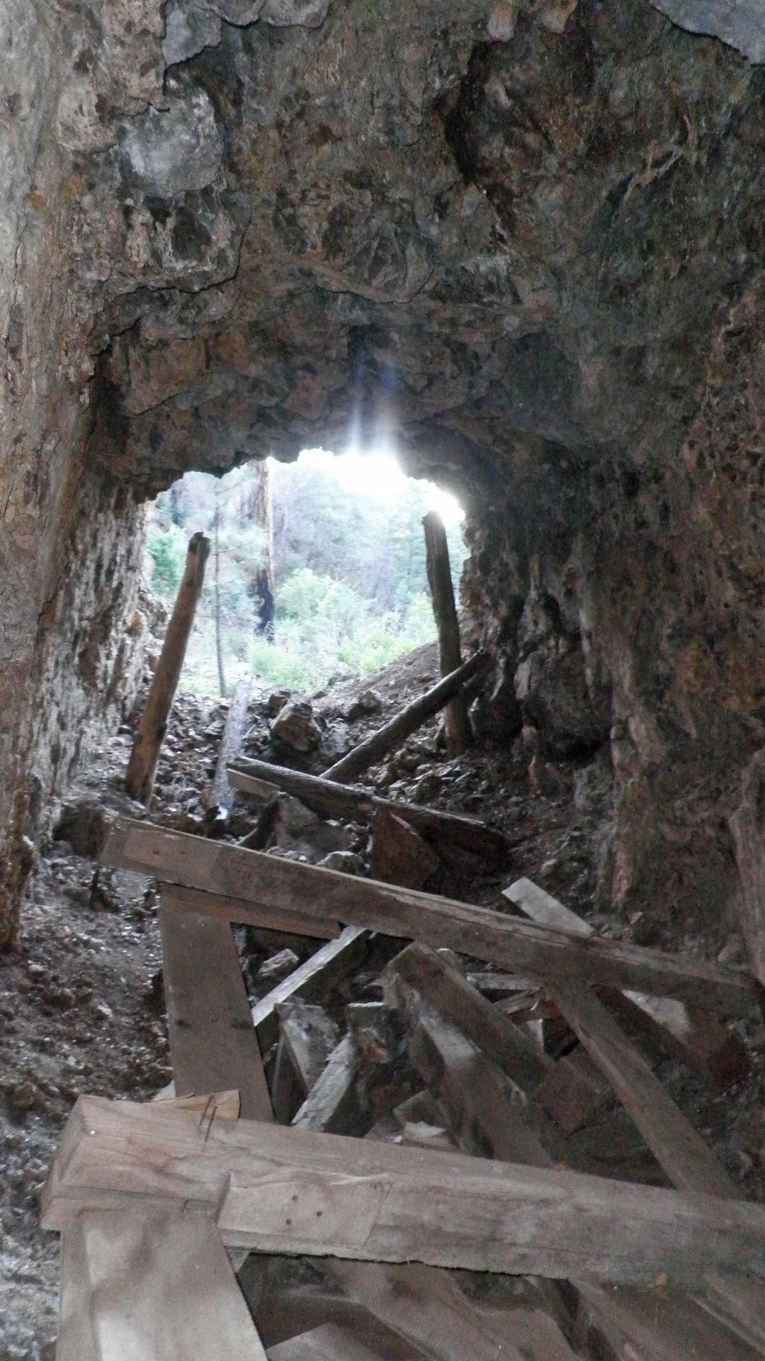 El Tigre Mine