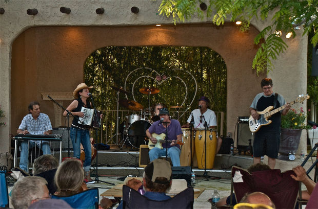 Coyote Supper Club to play on Saturday