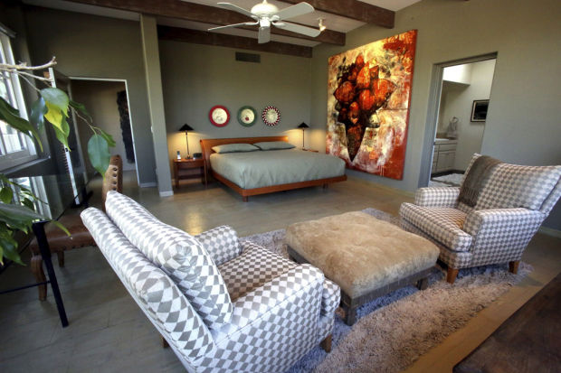 LIVING WITH ART, creating a home
