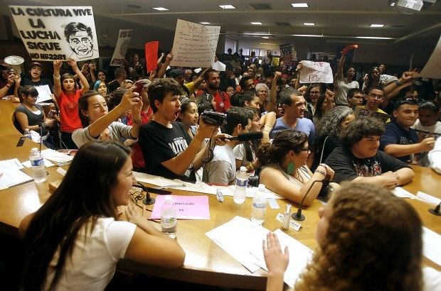 Protest takes over TUSD board meeting