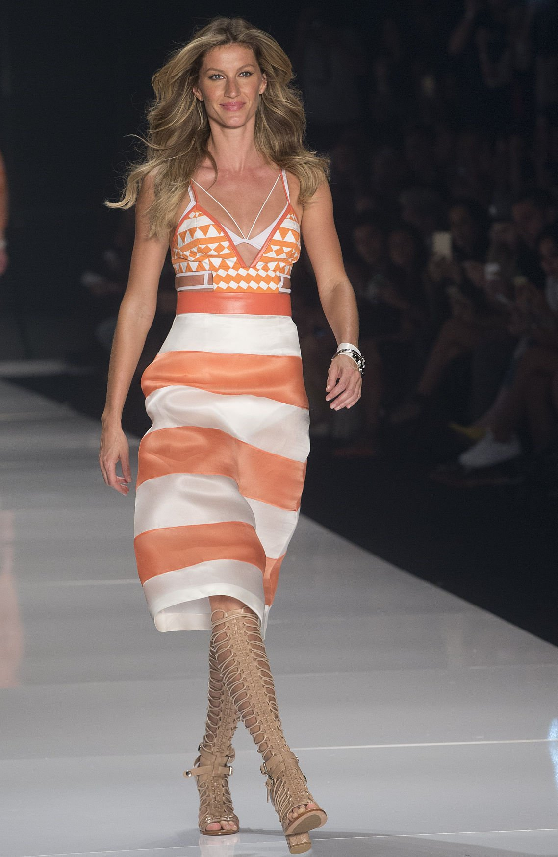 23f81c3f8 Brazilian supermodel Gisele Bundchen wears a creation from the Colcci  Summer collection at Sao Paulo Fashion Week in Sao Paulo, Brazil,  Wednesday, April 15, ...
