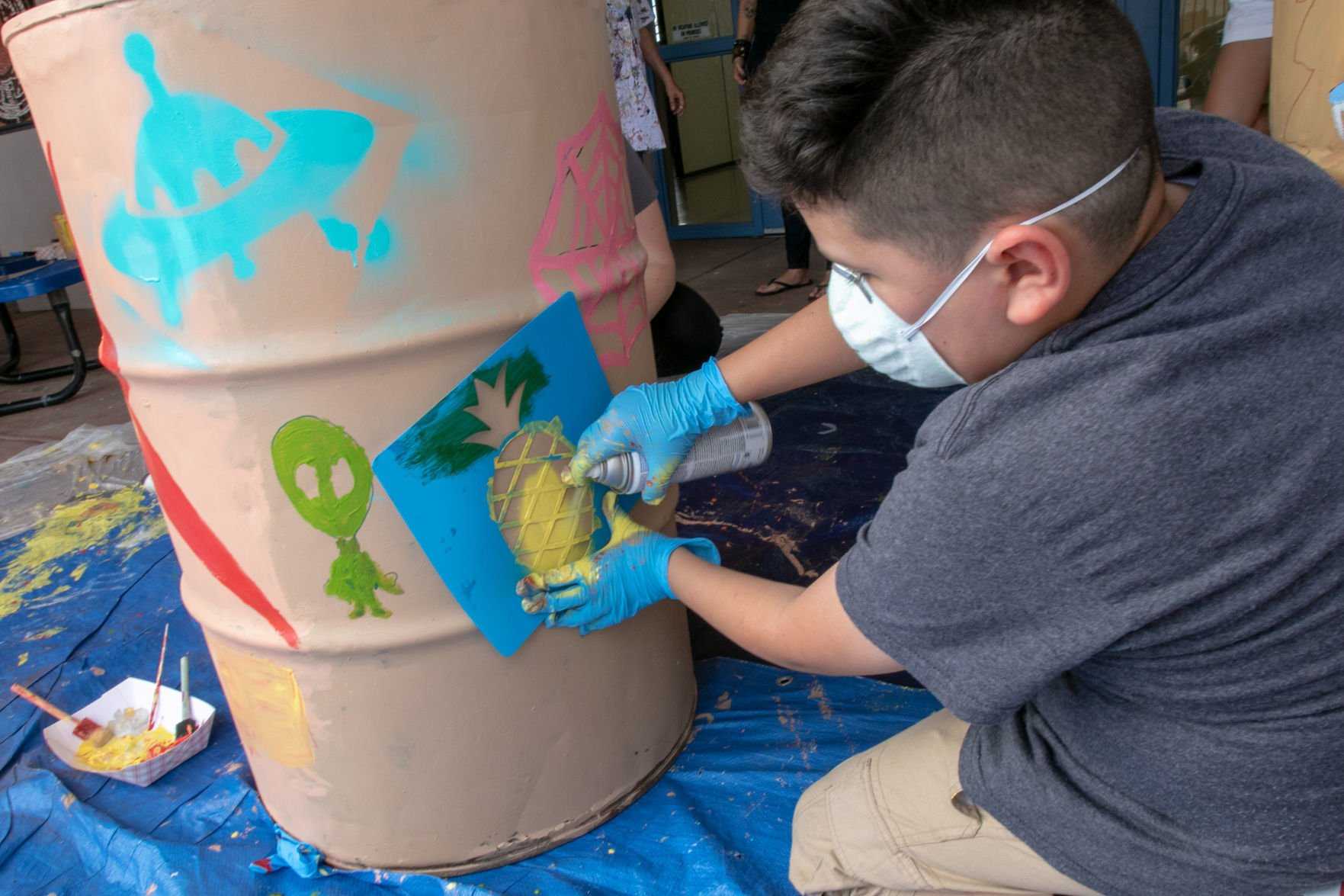 South Tucson kids fight litter with snazzy trash cans | Tucson.com