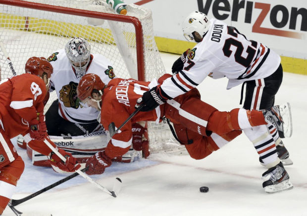 NHL Playoffs: Red Wings take 2-1 lead