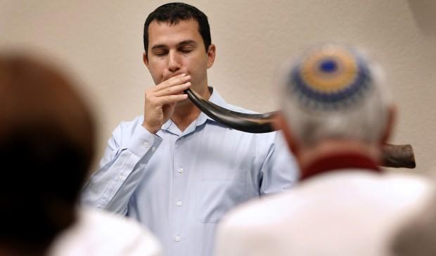 Taste of Judaism gives folks good understanding of Jewish faith