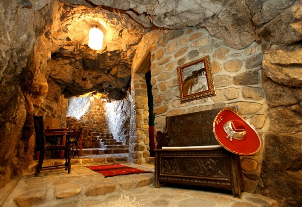 Bisbee S Cave House Featured In Forbes Local News