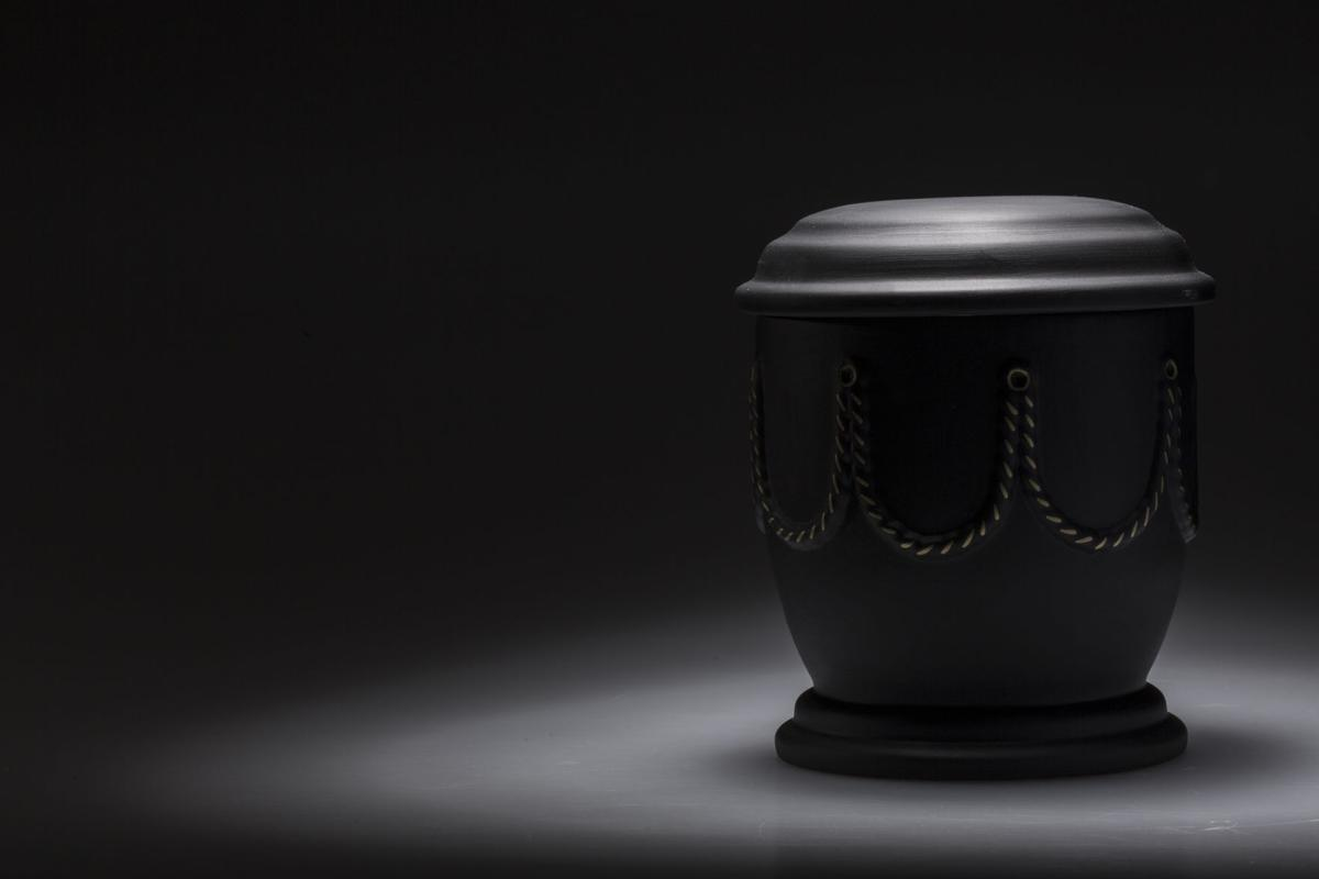 funeral mourning urn, for obituary