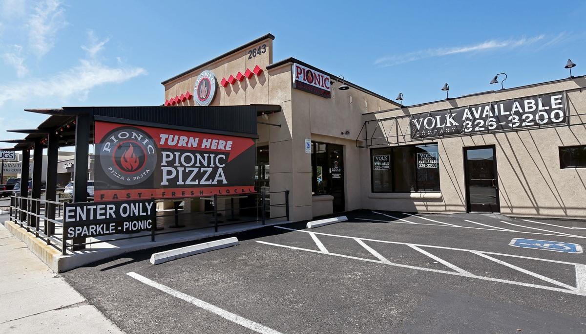 Pionic Tucson S Lone Home Grown Fast Casual Pizzeria