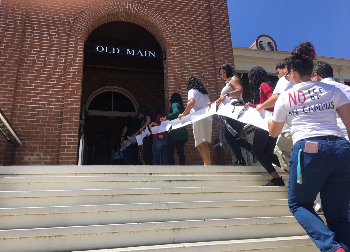 UA demonstrators deliver letter