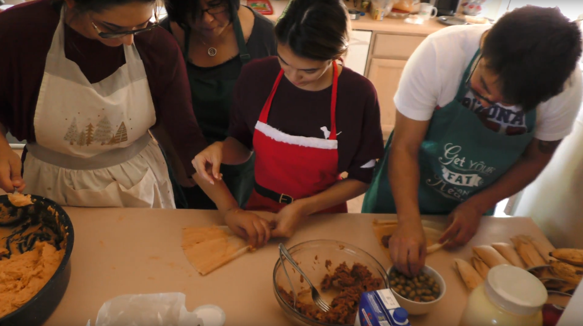 Christmas tamales tradition