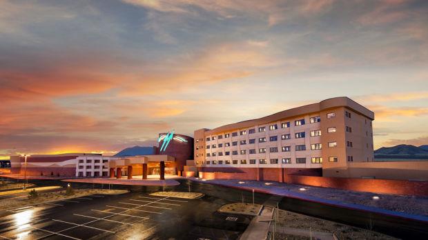 After years of debate, Navajos debut 1st Ariz. casino-resort