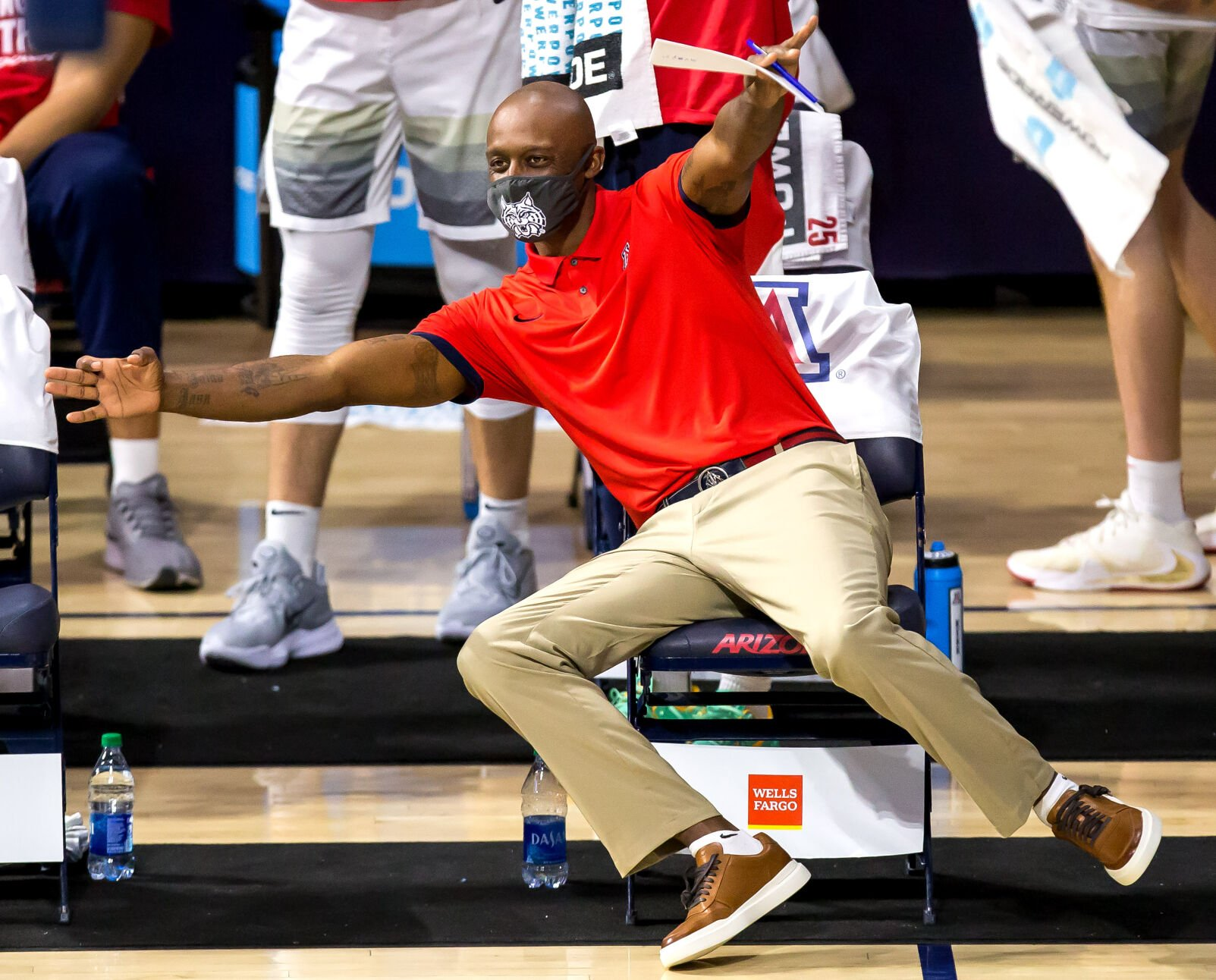 Arizona Wildcats retain assistant Jason Terry for Tommy Lloyd's ...
