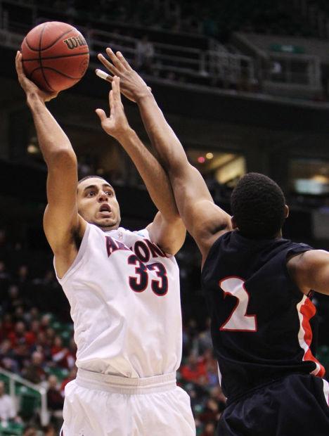 Arizona basketball: Jerrett mulls move to NBA