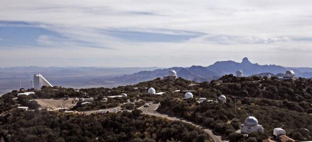 Kitt Peak Telescopes