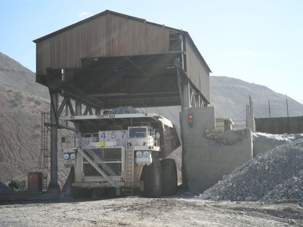 Haulage truck at the Ray mine