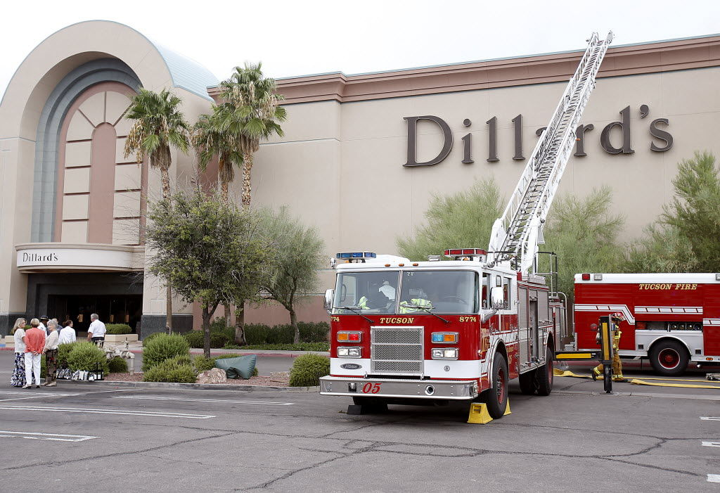 Firefighters called to mall for smokin' hot luggage
