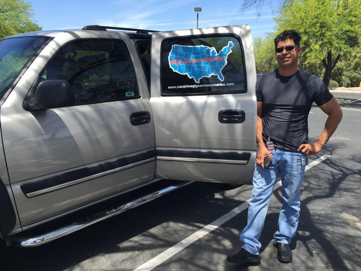 Tucsonan on quest for 50 jobs — one in each state — in 6