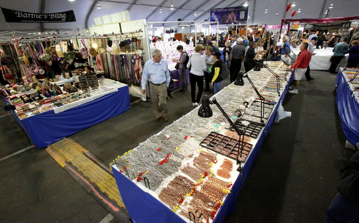 Tucson Gem, Mineral and Fossil Showcase 2019