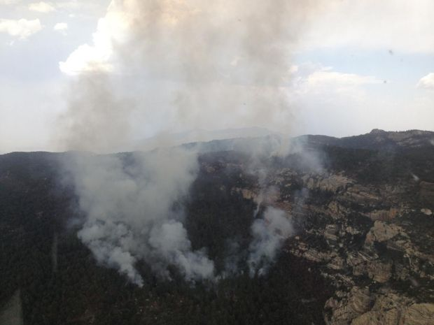 Wildfire continues to burn in Rincon Mountains