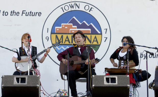 Marana Bluegrass Festival organizers hoping for blue skies, too