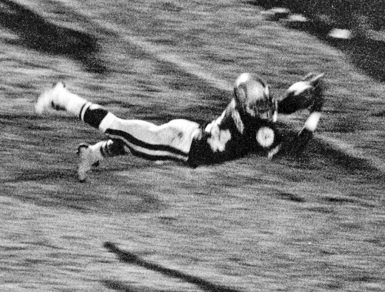 Arizona vs. Arizona State football, 1975