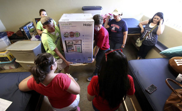 UA dorm early move-in day