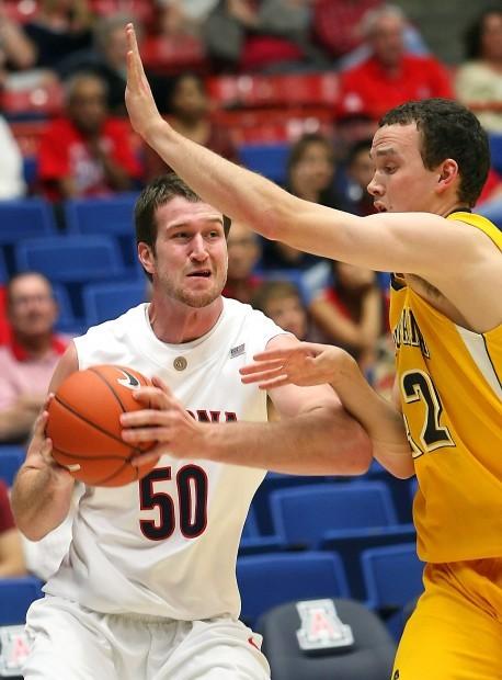Arizona basketball: Finger no big deal for hot hand