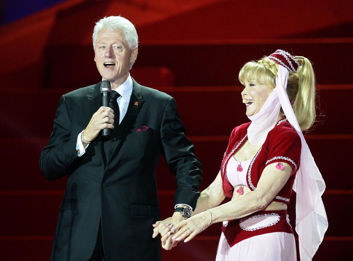 Bill Clinton, Barbara Eden